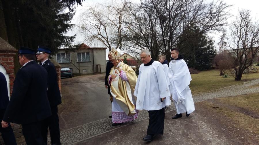20180402 115741 900x506 - Wizyta księdza Biskupa Romana Marcinkowskiego