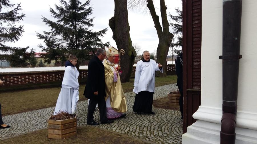 20180402 115956 900x506 - Wizyta księdza Biskupa Romana Marcinkowskiego