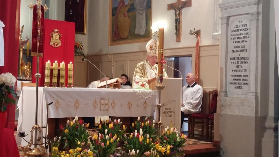 20180402 122620 900x506 - Wizyta księdza Biskupa Romana Marcinkowskiego