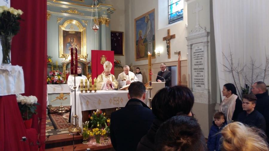 20180402 124953 900x506 - Wizyta księdza Biskupa Romana Marcinkowskiego