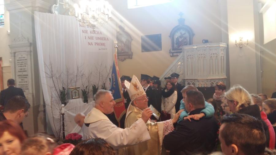 20180402 125406 900x506 - Wizyta księdza Biskupa Romana Marcinkowskiego
