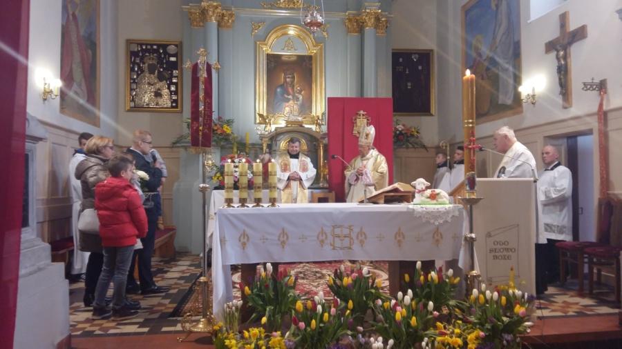 20180402 132633 900x506 - Wizyta księdza Biskupa Romana Marcinkowskiego