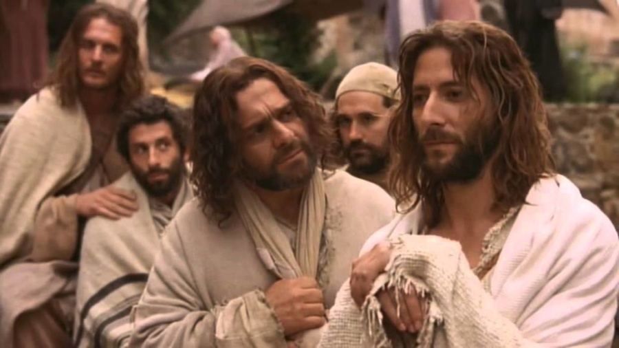 jezus i uczniowie1 900x506 - Czytanie na poniedziałek11 listopada 2019