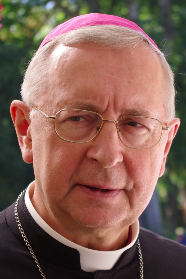 Stanislaw Gadecki 2012 613x920 - Parafia Radzymin
