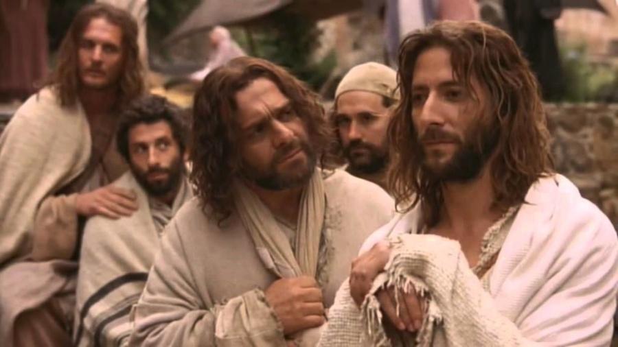 jezus i uczniowie1 900x506 - Parafia Radzymin
